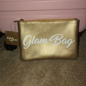 Glam makep bag NWT